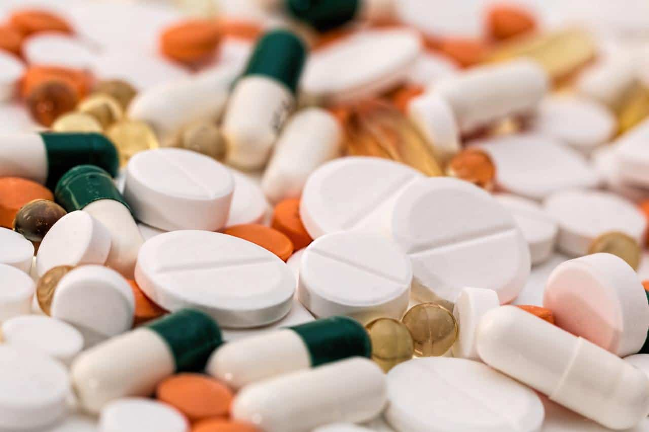 4 tips for better pharmaceutical supply chain management